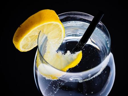 Lemon water benefits in hindi - सुबह नींबू पानी पीने के फायदे
