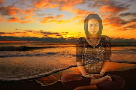 meditating_2279.jpg