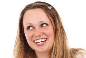 दांतों के पीलेपन के कारण
