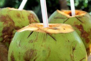 ब्लड प्रेशर का आयुर्वेदिक उपचार – नारियल पानी
