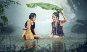 बरसात के मौसम में त्वचा की देखभाल