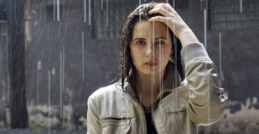 विस्तार में जाने बारिश के मौसम में बालों की देखभाल कैसे करें क्या खाएं, how to take care of hair in rainy season in hindi.