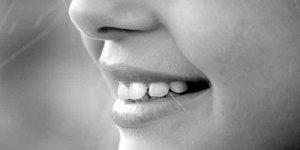 दांतों को स्वस्थ रखने के लिए अच्छी आदतें