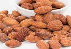 आइये जानते हैं ज्यादा बादाम खाने से होने वाले नुकसान के बारे में इसलिए आपको बादाम संतुलित मात्रा में ही खाने चाहिए, side effects of almonds in hindi