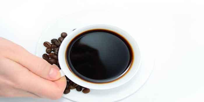 सोने से पहले कैफीन को कहें ना