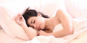 सुंदर दिखने के लिए सोने से पहले जरूर करें यह 5 काम