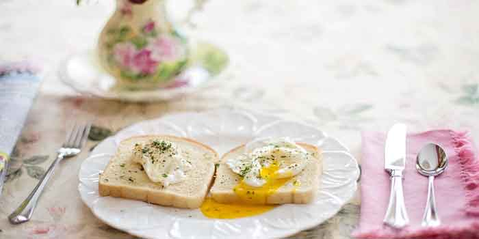 नाश्ता नहीं करने से हमें शरीर बहुत ही नुकसान हो सकता है, इससे कई तरह के रोगों का सामना करना पड़ता है, Harmful Effects Of Skipping Breakfast.