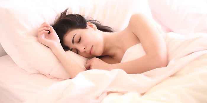 दालचीनी दूध गहरी नींद की है दवा