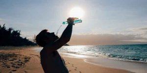 ज्यादा पानी पीने के 6 नुकसान