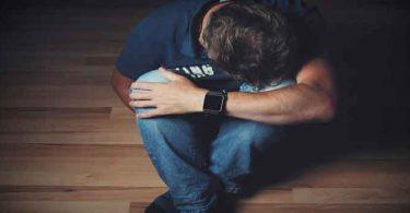 अवसाद: कारण, लक्षण, इलाज और इसके प्रभाव