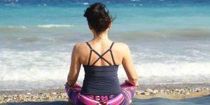 समुद्र तट पर किये जाने वाले योग