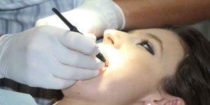 दांतों में संक्रमण के लक्षण और उपचार