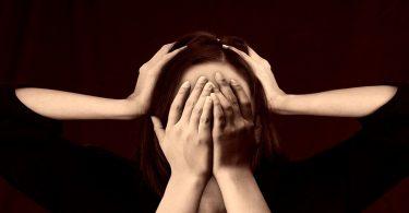 महिलाओं में तनाव से होने वाली बीमारी