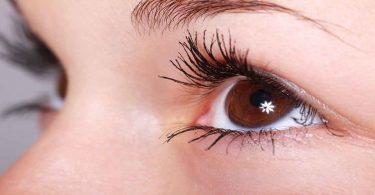 आँख लाल होने पर अपनाएं ये घरेलू उपाय