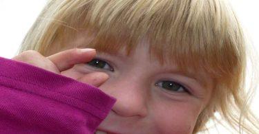 बच्चे नाखून क्यों चबाते हैं