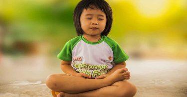बच्चों के लिए योग करने के फायदे