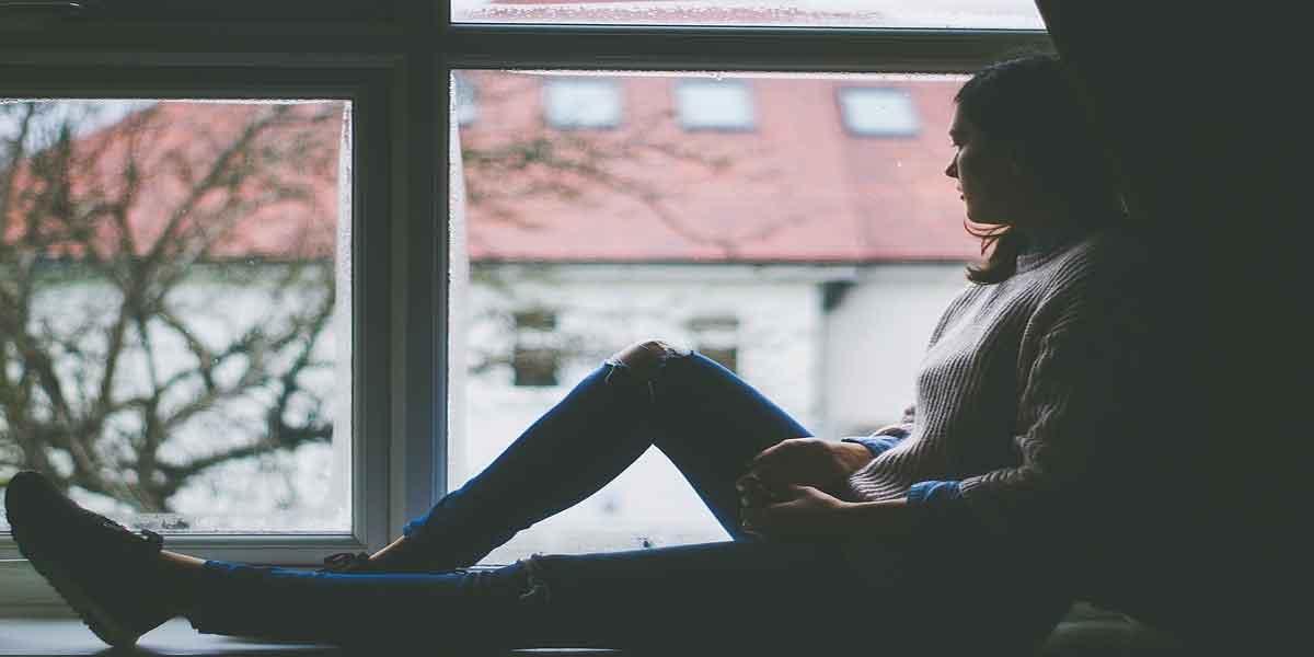 अवसाद को कम करे