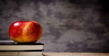 गर्भावस्था में सेब खाने के फायदे