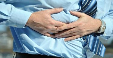 लीवर सिरोसिस के लक्षण तथा बचने के उपाय