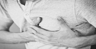सांस लेने में दिक्कत हो तो क्या करें और क्या न करें