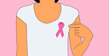 ब्रेस्ट कैंसर से बचने का उपाय हो सकता है अखरोट